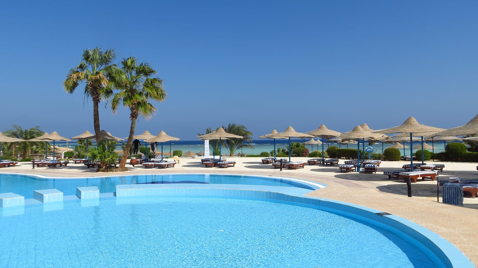 Hotel - Pool - Spa - Holiday - Beachfront - Costa Del Sol